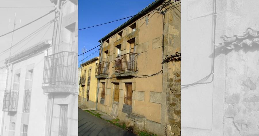 Ejemplos de arquitectura del pueblo balconada