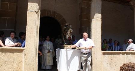 Fiesta del dia de santiago 5 de julio procesion iglesia